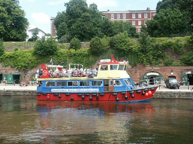 "The ""Pride of Exmouth"" awaiting departure from Exeter Quay"